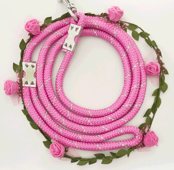 pink dog leash with roses