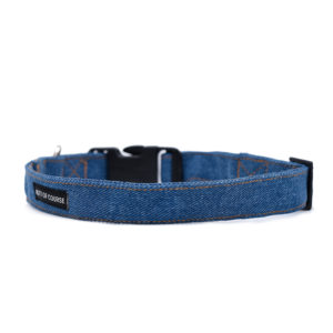 dark blue fabric collar